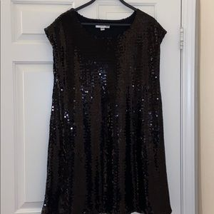 ISAAC MIZRAHI dress covered in black sequins